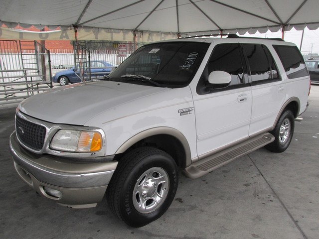 2000 Ford Expedition Eddie Bauer Please call or e-mail to check availability All of our vehicles
