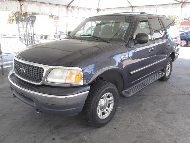 2000 Ford Expedition XLT This particular Vehicle comes with 3rd Row Seat Please call or e-mail to