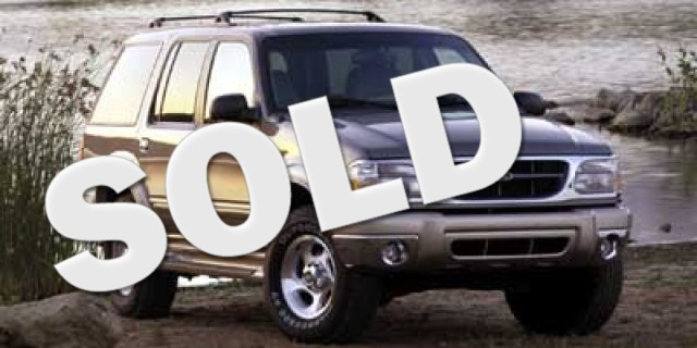 2000 Ford Explorer XLS  VIN 1FMZU62X4YZC18969 185k miles  AMFM Anti-Theft AC Power Locks P
