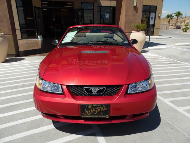 2000 Ford Mustang GT V8 Bullhead City, Arizona 3