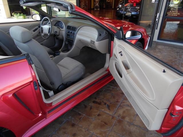2000 Ford Mustang GT V8 Bullhead City, Arizona 25