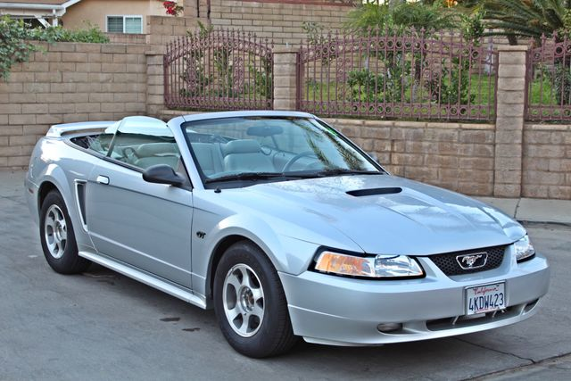 2000 Ford MUSTANG GT SALVAGE ONLY 15K ORIGINAL MLS MANUAL LEATHER NEW TIRES! Woodland Hills, CA 9