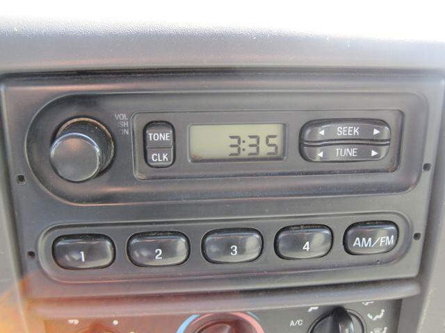 2000 Ford Super Duty F450 Bucket Truck, 7.3 Turbo Diesel, Plano, Texas 23