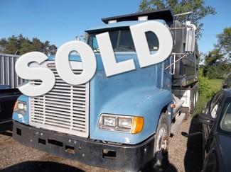 2000 Freightliner Ravenna, Michigan