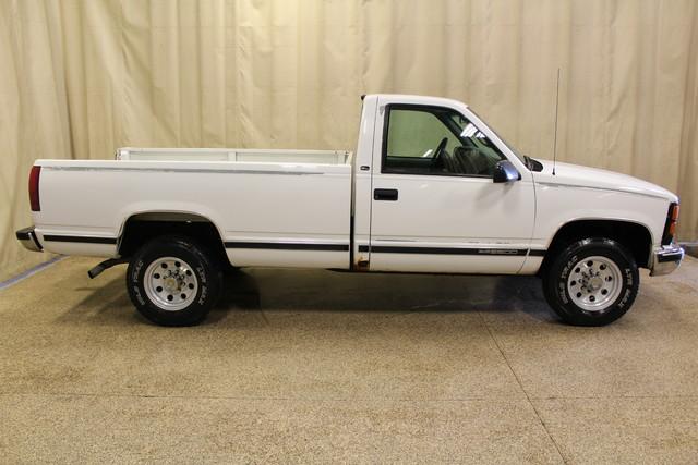2000 GMC Sierra 2500 Roscoe, Illinois 1