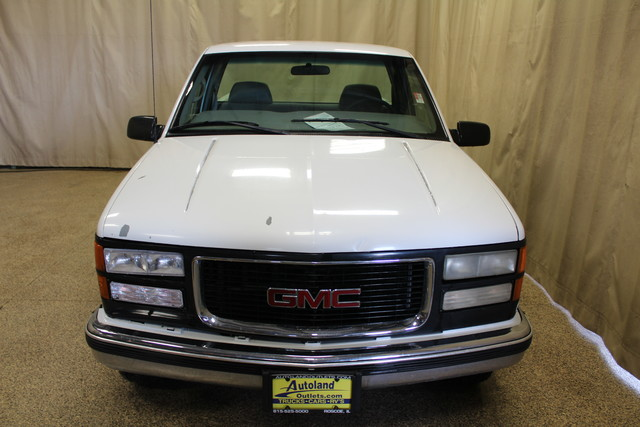 2000 GMC Sierra 2500 Roscoe, Illinois 7