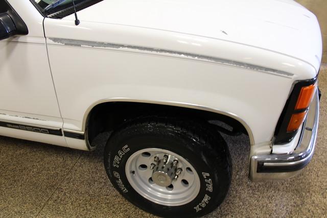 2000 GMC Sierra 2500 Roscoe, Illinois 8
