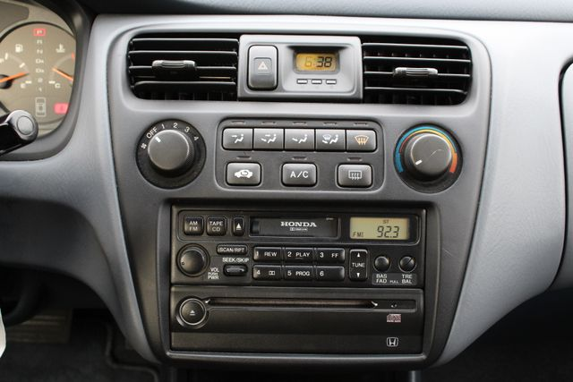 2000 Honda ACCORD LX SEDAN AUTOMATIC ONLY 67K ORIGINAL MLS A/C SERVICE RECORDS! Woodland Hills, CA 19