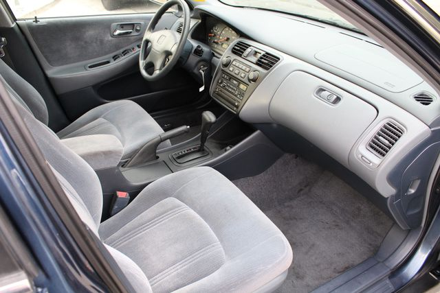 2000 Honda ACCORD LX SEDAN AUTOMATIC ONLY 67K ORIGINAL MLS A/C SERVICE RECORDS! Woodland Hills, CA 26