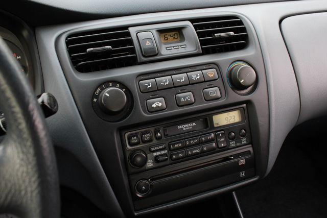 2000 Honda ACCORD LX SEDAN AUTOMATIC ONLY 67K ORIGINAL MLS A/C SERVICE RECORDS! Woodland Hills, CA 18