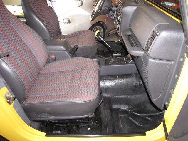 2000 Jeep Wrangler Sport Jacksonville , FL 35