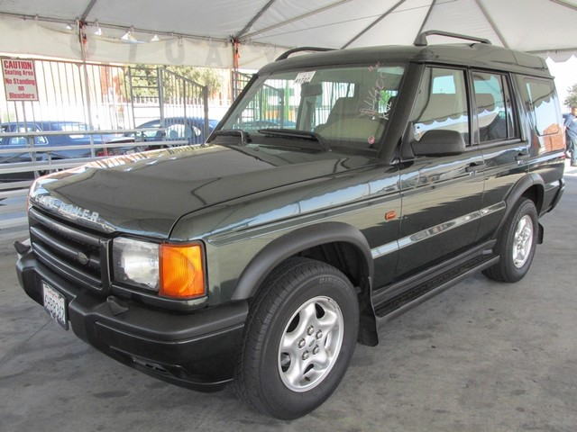 2000 Land Rover Discovery Series II wLeather Please call or e-mail to check availability All of