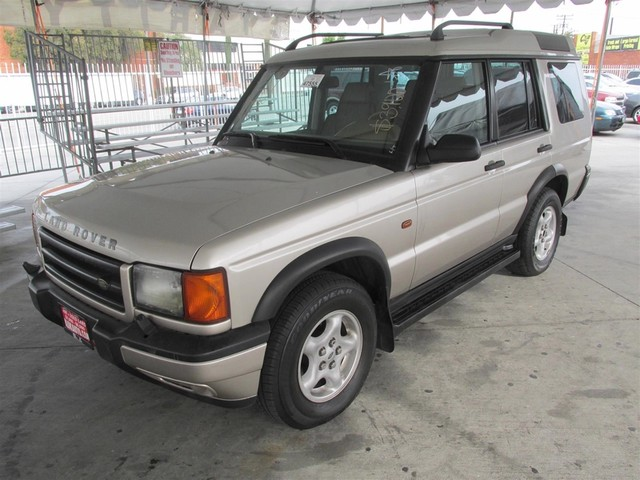 2000 Land Rover Discovery Series II wLeather Please call or e-mail to check availability All o