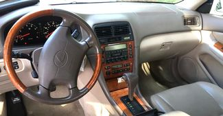 2000 Lexus-2 Owner! Carfax Clean! ES 300-buy here pay here!  LEATHER!! MINT CONDITION!! Knoxville, Tennessee 9