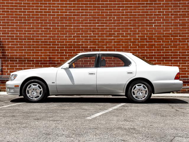 2000 Lexus LS 400 Platinum Burbank, CA 5