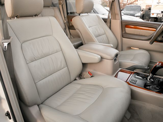 2000 Lexus LX 470 Burbank, CA 14