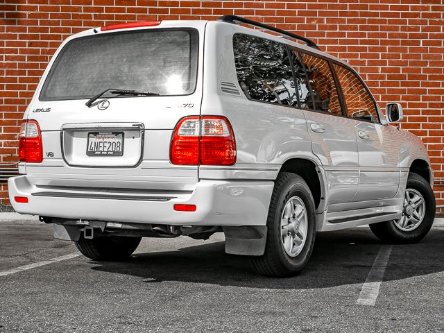 2000 Lexus LX 470 Burbank, CA 6