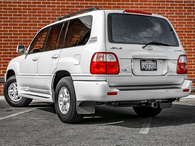 2000 Lexus LX 470 Burbank, CA 7