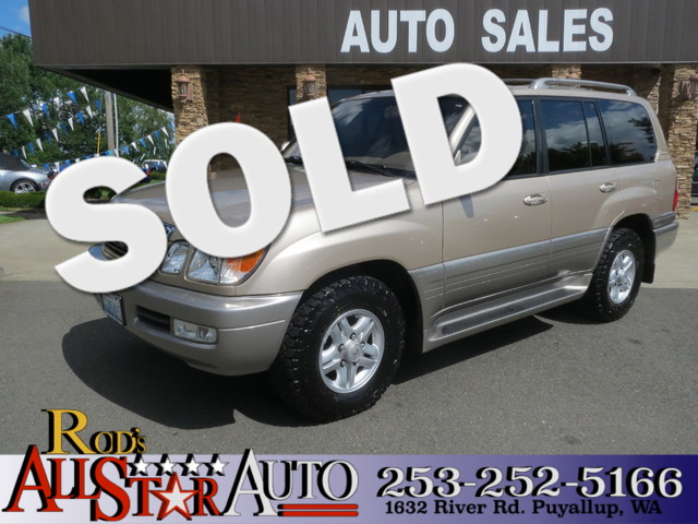 2000 Lexus LX 470 The CARFAX Buy Back Guarantee that comes with this vehicle means that you can bu