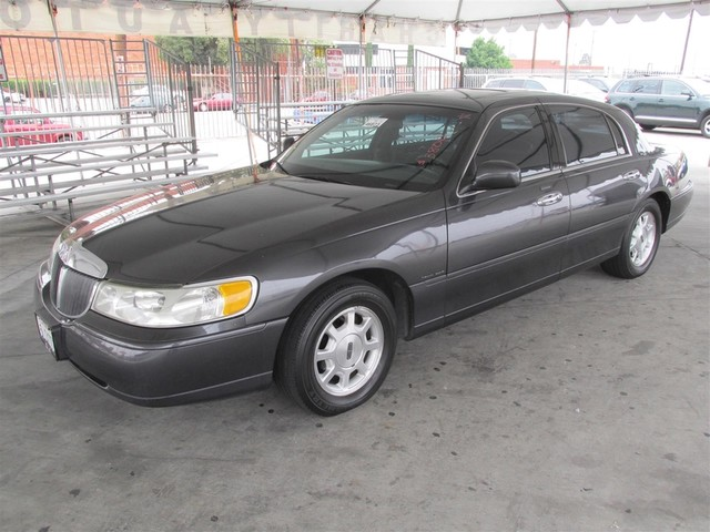 2000 Lincoln Town Car Signature Please call or e-mail to check availability All of our vehicles