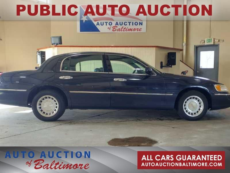 2000 Lincoln Town Car Executive   JOPPA, MD   Auto Auction of Baltimore  in JOPPA MD