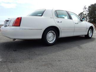 2000 Lincoln Town Car Executive Myrtle Beach, SC 4