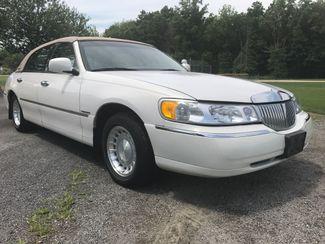 2000 Lincoln Town Car Executive Ravenna, Ohio 5