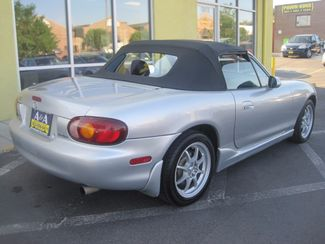 2000 Mazda MX-5 Miata Base Englewood, Colorado 5