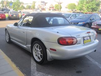 2000 Mazda MX-5 Miata Base Englewood, Colorado 7
