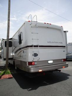 2000 Newmar Mountainair MACA3356  city Florida  RV World of Hudson Inc  in Hudson, Florida