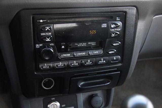 2000 Nissan Frontier SE Santa Clarita, CA 17