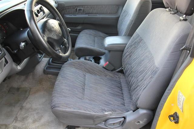 2000 Nissan Frontier SE Santa Clarita, CA 13