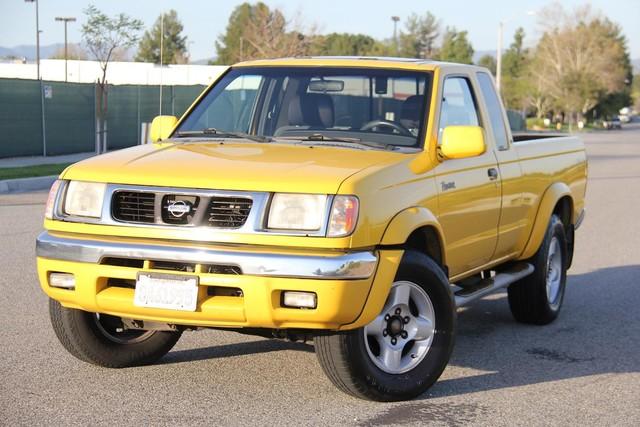 2000 Nissan Frontier SE Santa Clarita, CA 4