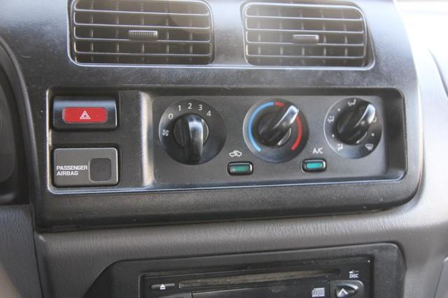 2000 Nissan Frontier SE Santa Clarita, CA 16
