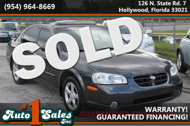 2000 Nissan Maxima GLE  WARRANTY LOW MILES 13 SERVICE RECORDS TRADES WELCOME  Enjoy the
