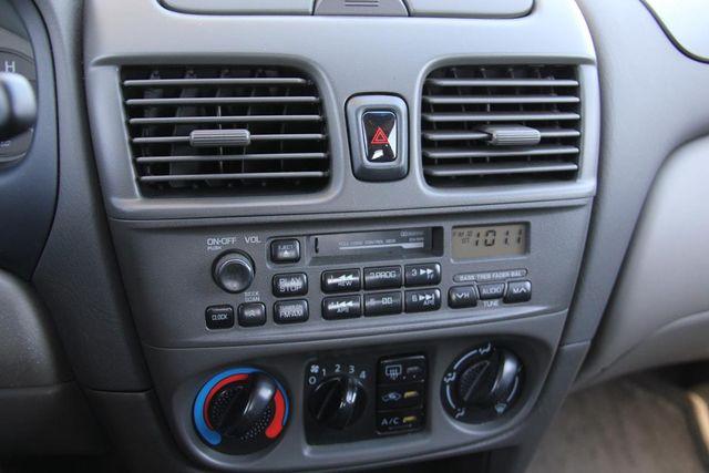 2000 Nissan Sentra XE Santa Clarita, CA 18