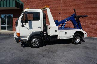 2000 Nissan UD 1400  wrecker Loganville, Georgia 5