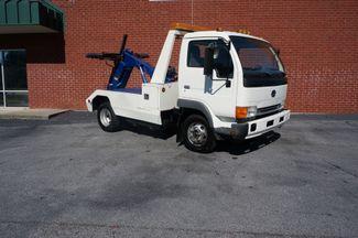 2000 Nissan UD 1400  wrecker Loganville, Georgia 7