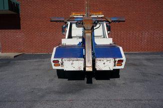 2000 Nissan UD 1400  wrecker Loganville, Georgia 11