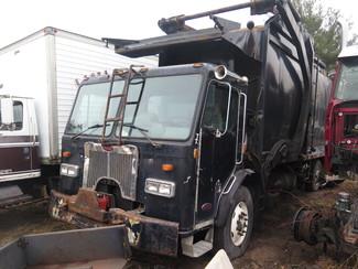 2000 Peterbilt 320 Garbage Truck Ravenna, MI