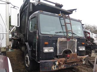 2000 Peterbilt 320 Garbage Truck Ravenna, MI 2