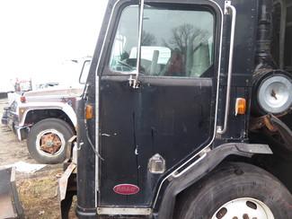 2000 Peterbilt 320 Garbage Truck Ravenna, MI 21