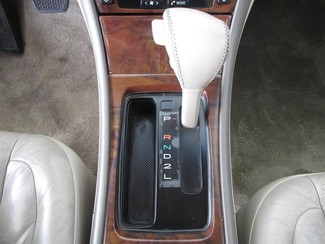 2000 Toyota Avalon XLS Gardena, California 7