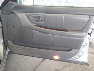 2000 Toyota Avalon XLS Gardena, California 13