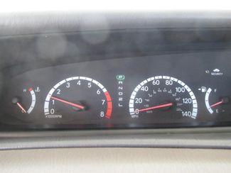 2000 Toyota Avalon XLS Gardena, California 5