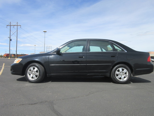 2000 Toyota Avalon XL  Fultons Used Cars Inc  in , Colorado
