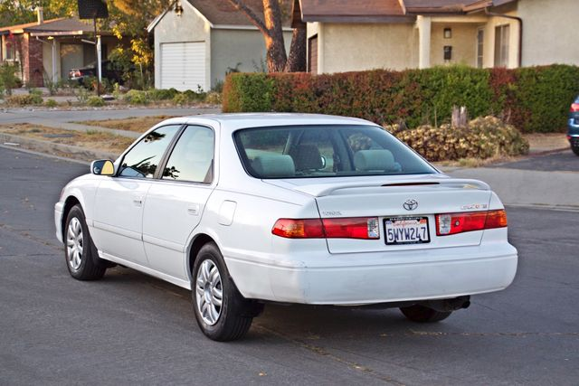 2000 Toyota CAMRY LE AUTOMATIC CRUISE CONTROL SERVICE RECORDS AVAILABLE Woodland Hills, CA 4