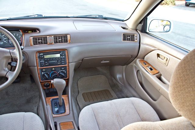2000 Toyota CAMRY LE AUTOMATIC CRUISE CONTROL SERVICE RECORDS AVAILABLE Woodland Hills, CA 21