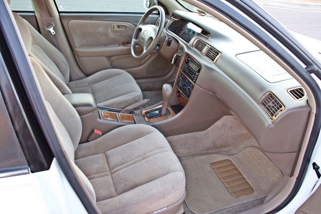 2000 Toyota CAMRY LE AUTOMATIC CRUISE CONTROL SERVICE RECORDS AVAILABLE Woodland Hills, CA 23
