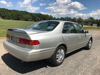 2000 Toyota Camry LE Ravenna, Ohio 3